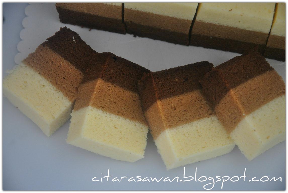 kek kukus coklat mocha putih telur blog kakwan Resepi Kuih Lapis Coklat Kuning Enak dan Mudah