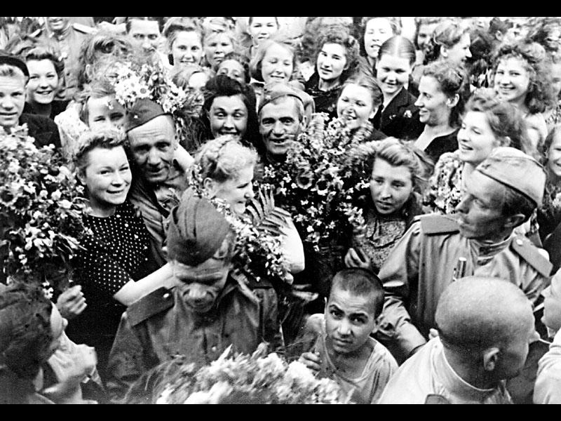 Картинки фото к дню победы черно-белые, днем