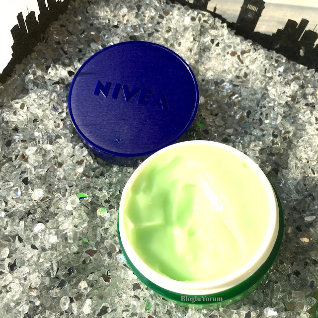 nivea essentials urban skin detox gece kremi jel krem