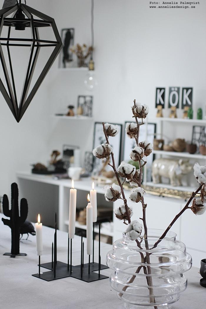 ljusstake, inredning, candle cross, annelies design, webbutik, webshop, nätbutik, inredning, inredningsbutik, varberg, halland, västkusten, tips, inspiration, vako, vas, smaelta, betongbord, betongmöbler, ansikte mugg, muggar, kaktus, lampa,
