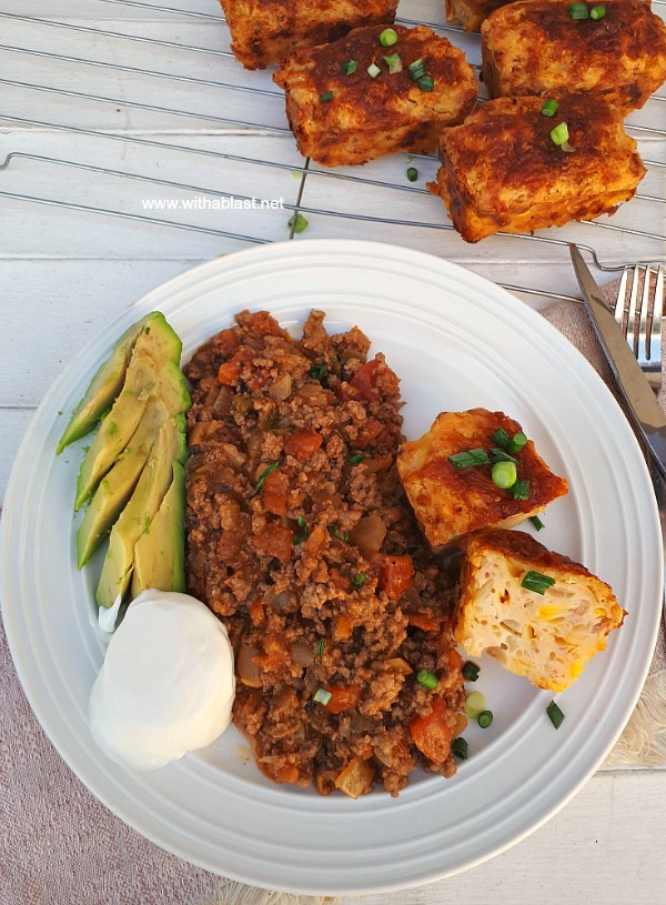 Complete meal ! Spicy Beef with mini Cheese loaves, avocado and sour cream