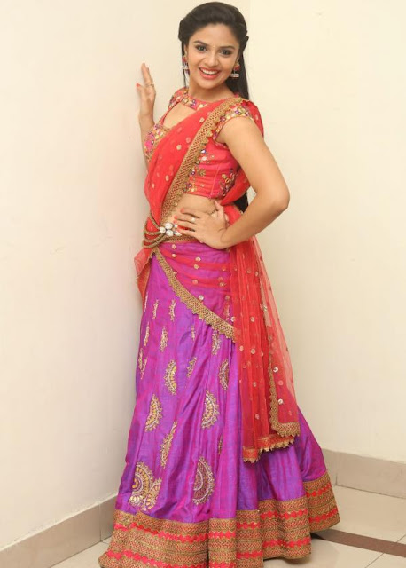 Sreemukhi in Sony Reddy Half Saree