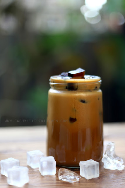 Vietnamese Jelly Ice Coffee (Es Kopi Vietnam dengan Jelly Kopi)
