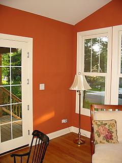 Consigli per la casa e l 39 arredamento imbiancare - Divano di fronte alla porta d ingresso ...