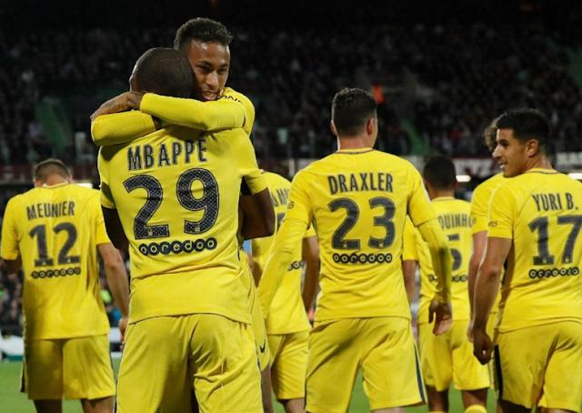 AGEN BOLA - Neymar Dan Mbappe Langsung Beraksi Bantu PSG Bantai Metz 5-1