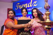 diksha launches trendz exhibition-thumbnail-4
