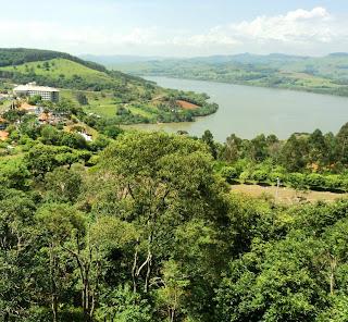 Lago da Usina Hidrelétrica de Itá e Hotel