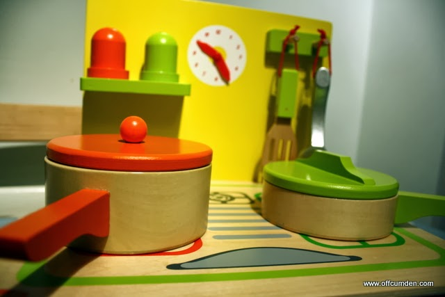 Wooden Play Kitchen Reviews