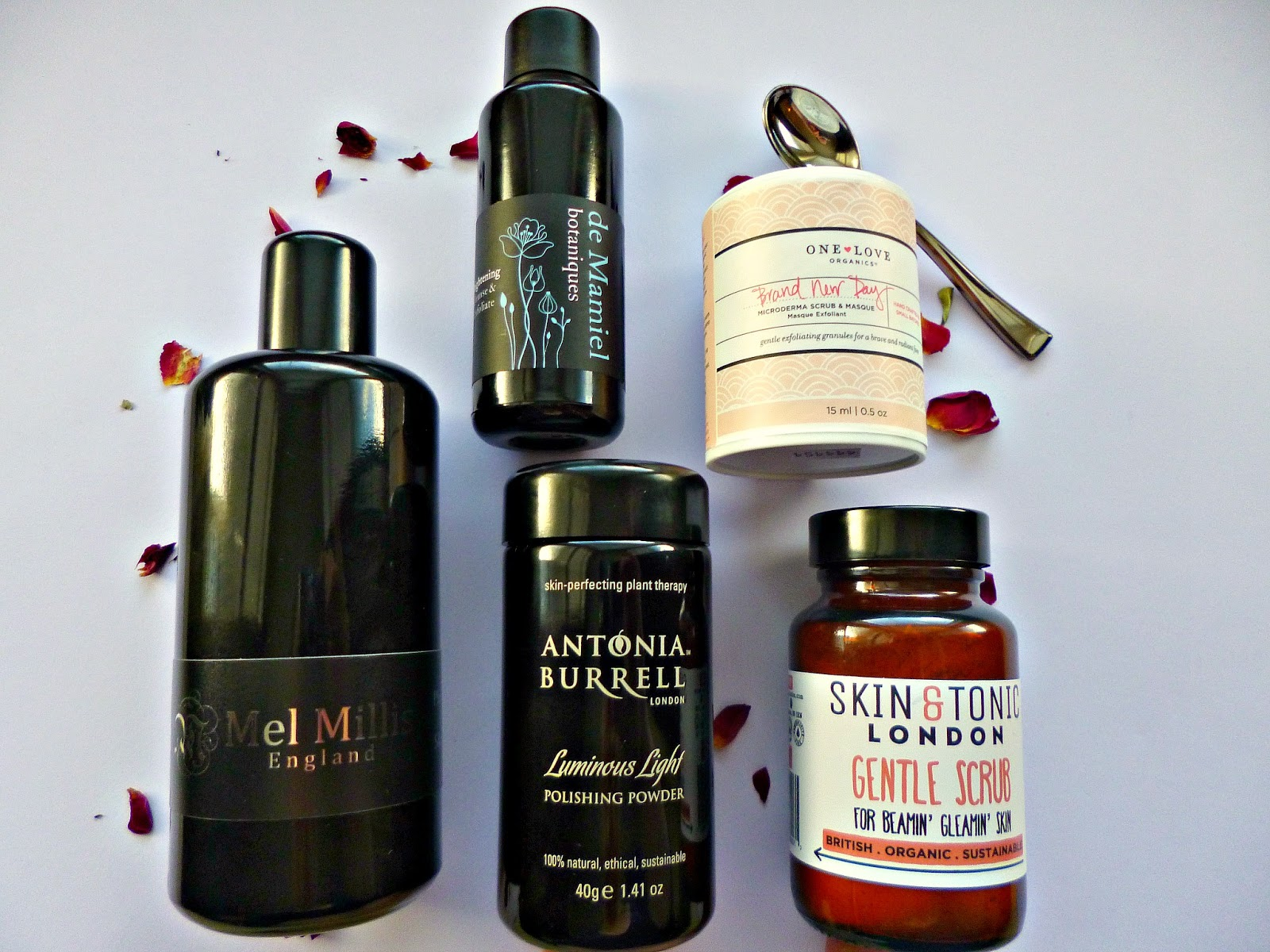 Current loves – Powder cleansers, exfoliators and masks