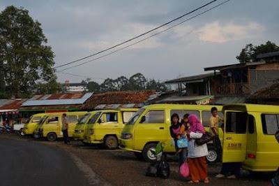 Office Villa Istana Bunga Lembang