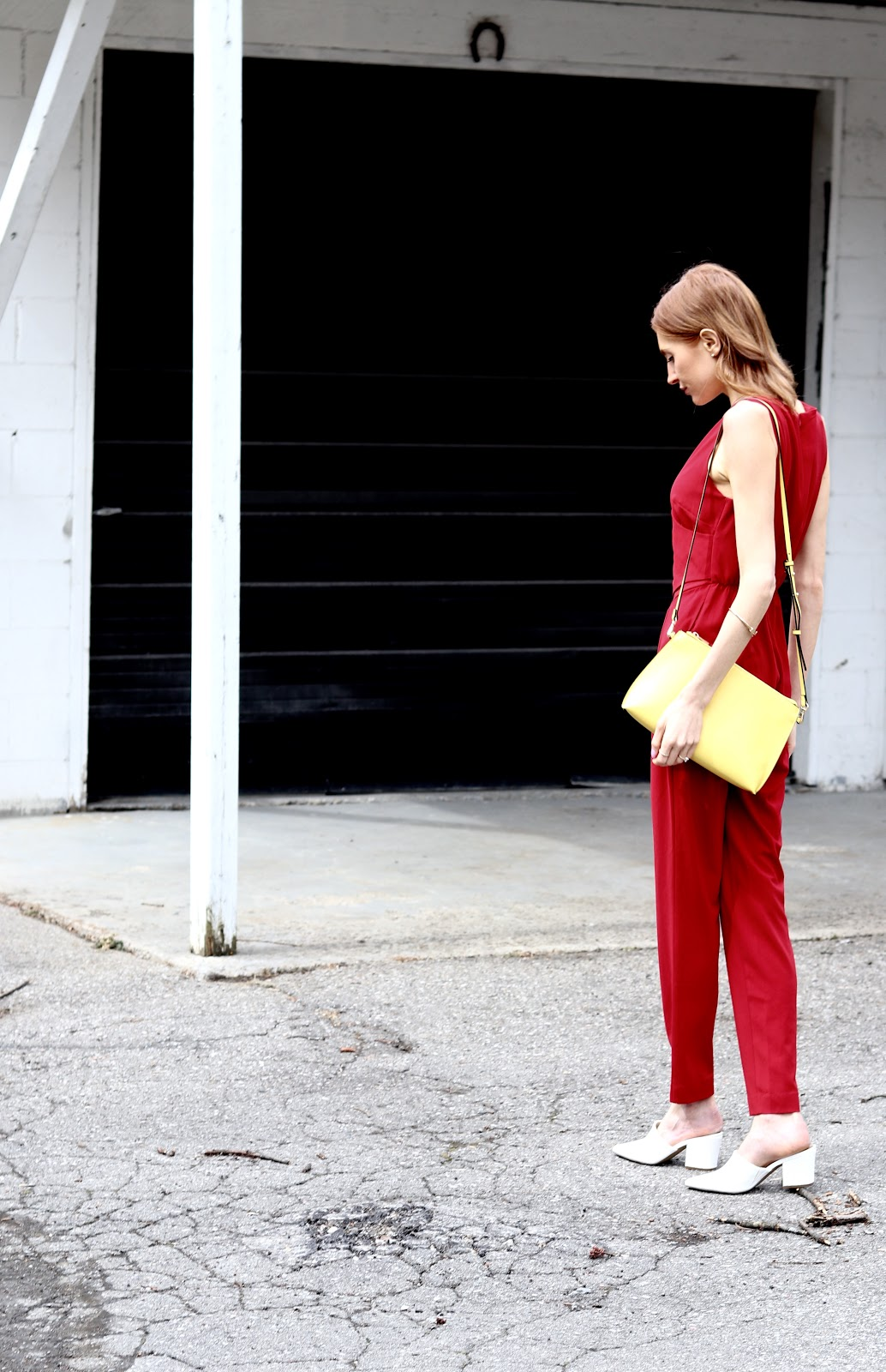 How to wear red, fashion blogger, ootd, red jumpsuit, yellow crossbody H&M