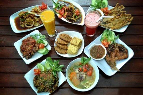 Menu makanan di Bebek Belur (jejamo.com)