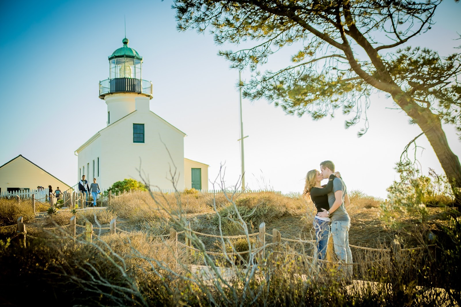 They Chose Cabrillo Monument For Their Engagement Photo Session Because Got Engaged There On A Warm 80 F November Afternoon The Weekend Before