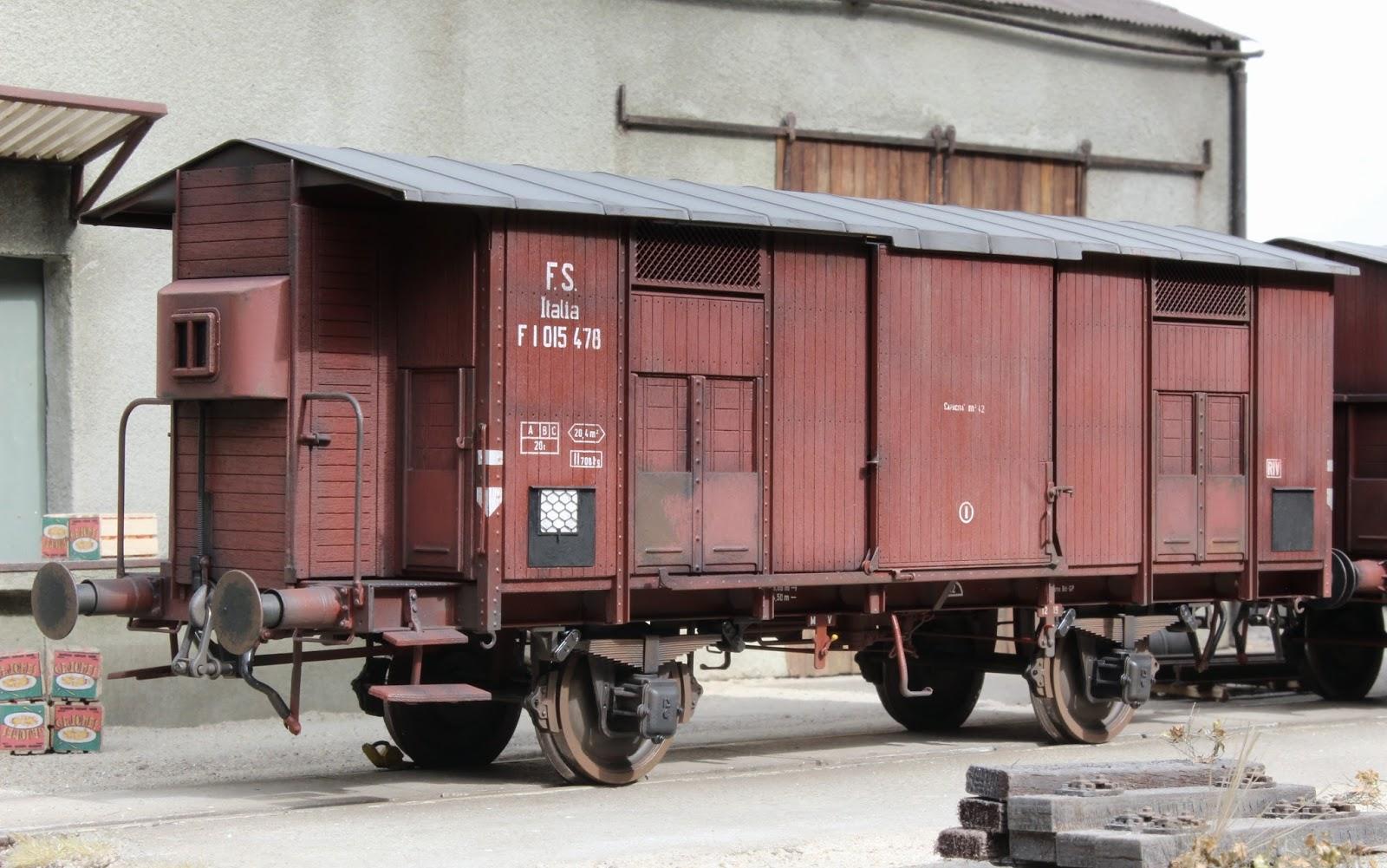becasse weathering spitzdachwagen von lucchini rail. Black Bedroom Furniture Sets. Home Design Ideas