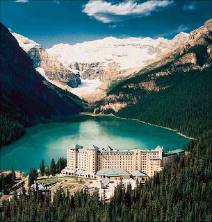 Hotel in Lake Louise Alberta,Canada