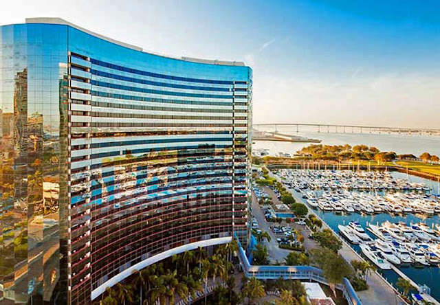 Discover the modern charm of Marriott Marquis San Diego Marina, boasting a hotel spa, resort-style pool and ideal downtown San Diego, CA location.