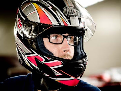 Fungsi Penting Helm yang Sering Diabaikan oleh Pengendara Sepeda Motor