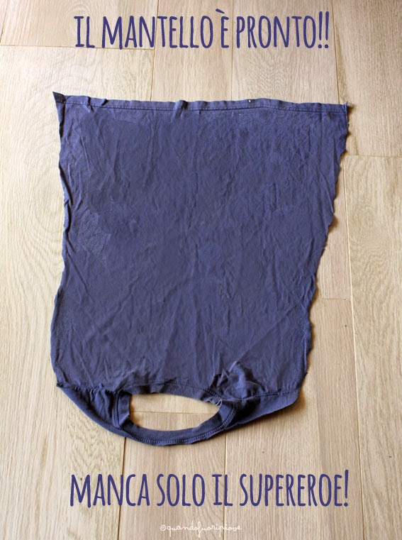 Quandofuoripiove da vecchia t shirt a mantello per for Impermeabile per cani fai da te