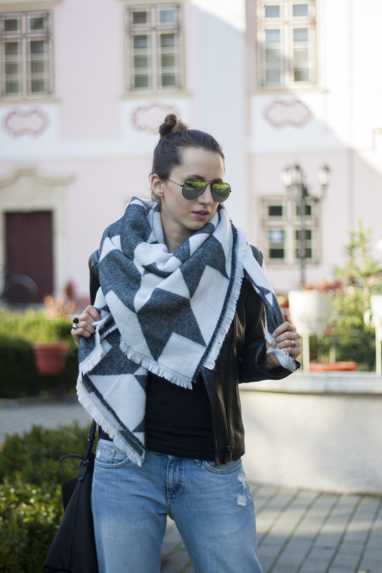 Oversized Houndstooth Fringed Edge Shawl Wrap Scarf