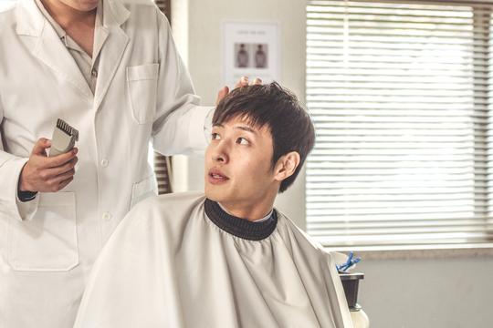 韓國電影《青年警察》朴敘俊+姜河那 公開首次拍攝照