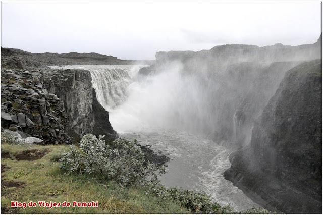 La cascada Detifoss en Islandia es la cascada mas caudalosa de Europa