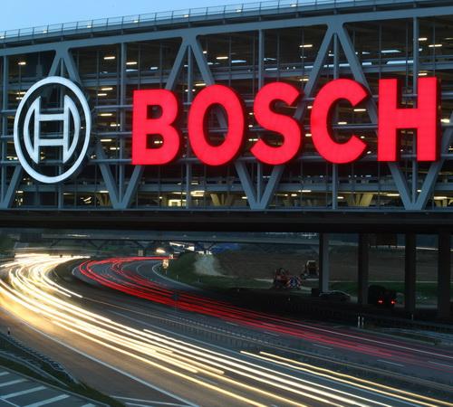 Tinuku Bosch, Baidu, AutoNavi and NavInfo develop autonomous cars in China