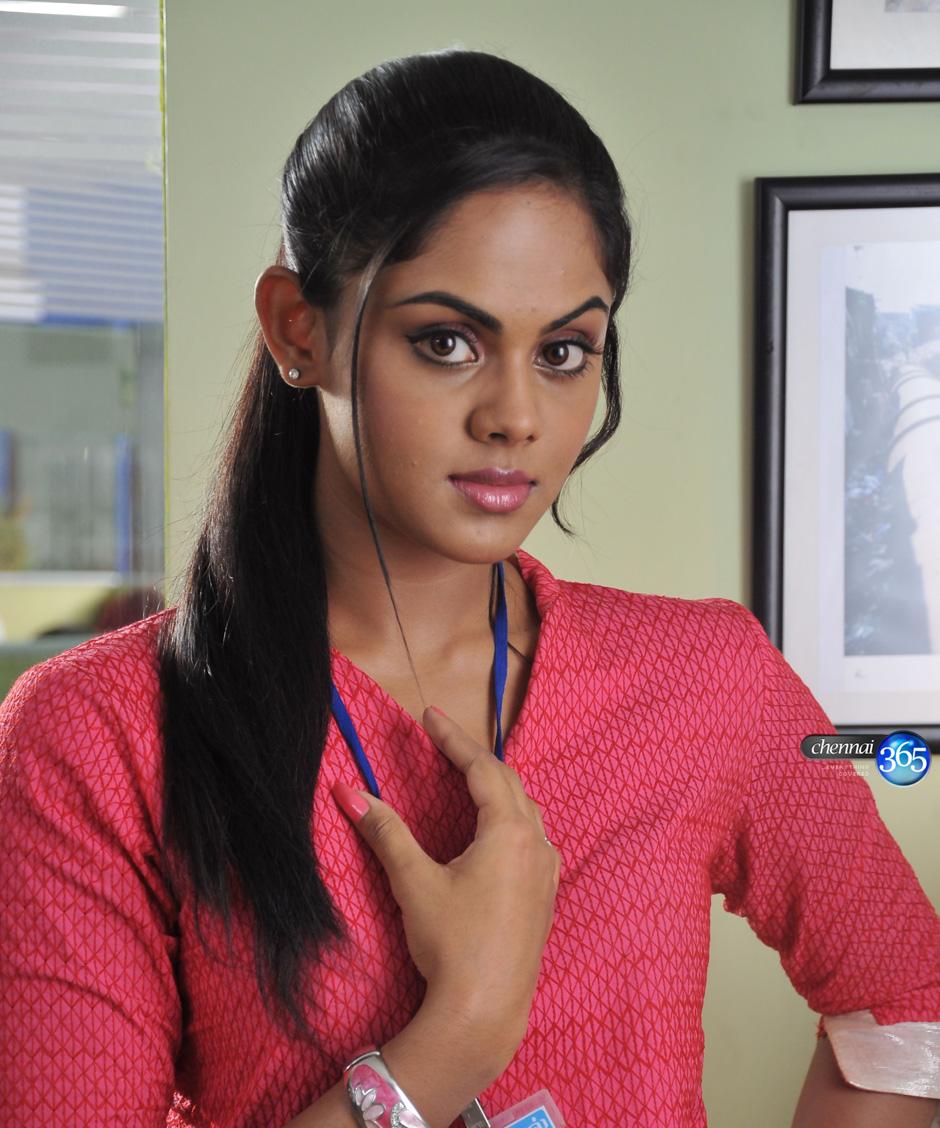 Cute Photos: Tamil Actress Karthika-Radha Daughter New Photos