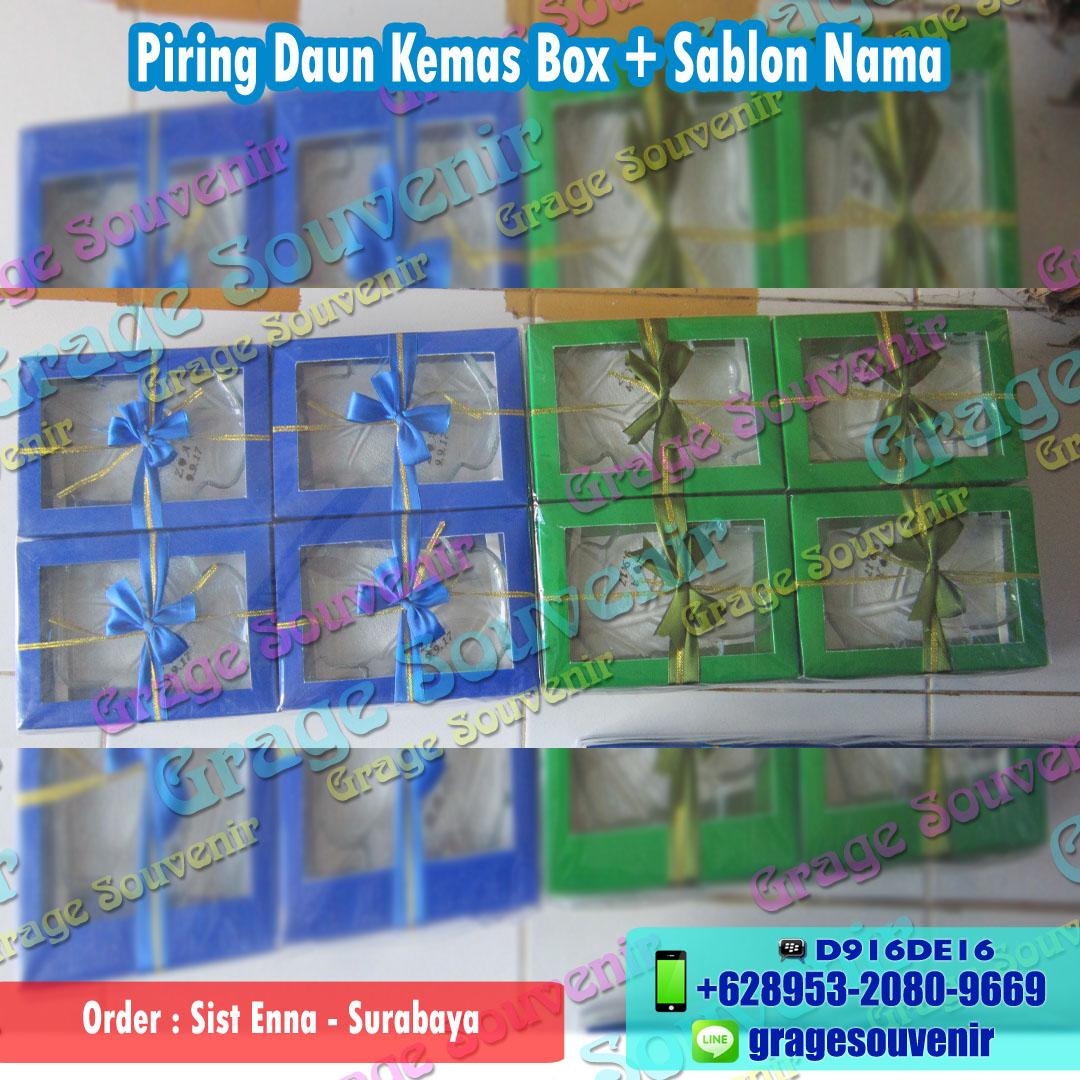 Jual souvenir pernikahan surabaya Piring darun kemas box