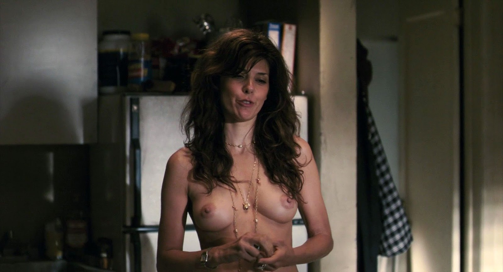 Marisa Tomei Nua No Filme Before The Devil Knows Youre Dead
