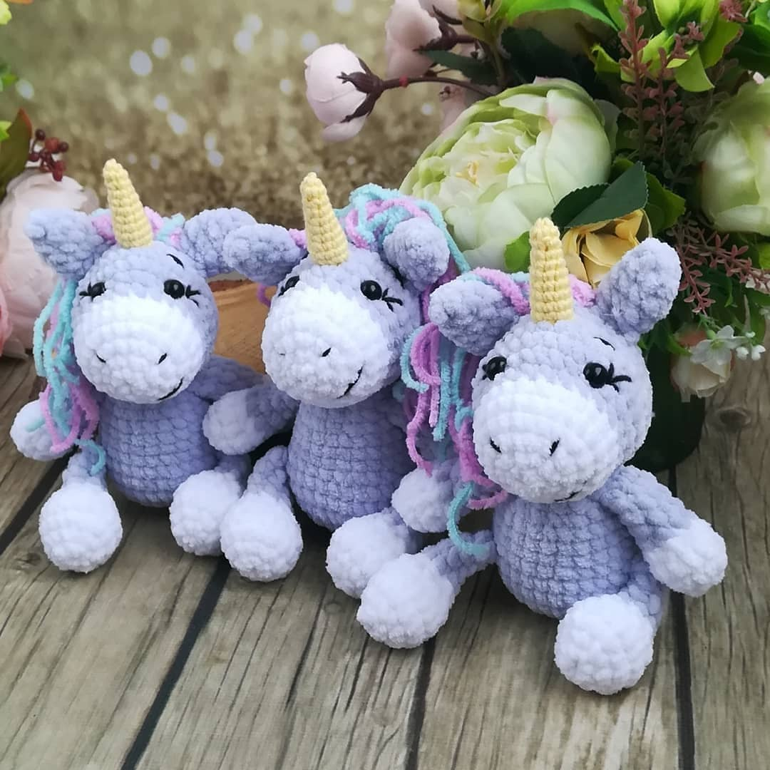 Crochet unicorn amigurumi pattern