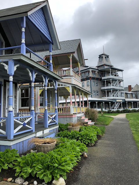 marthas-vineyard-hotel-summercamp-lark-oak-bluffs