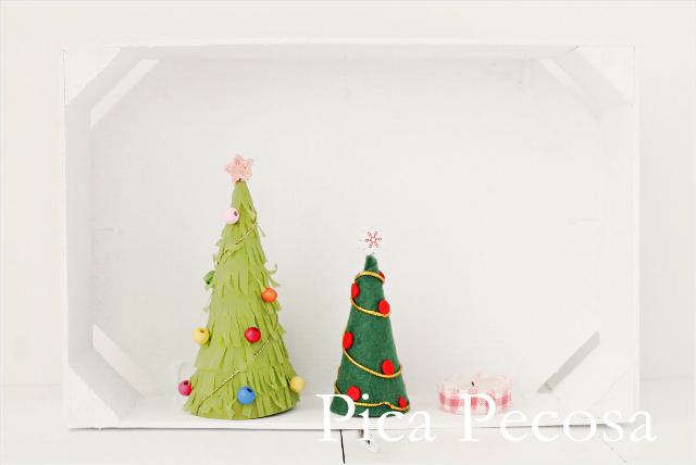 como-hacer-mini-arboles-navidad-diy-carton-reciclado-fieltro-servilletas-papel