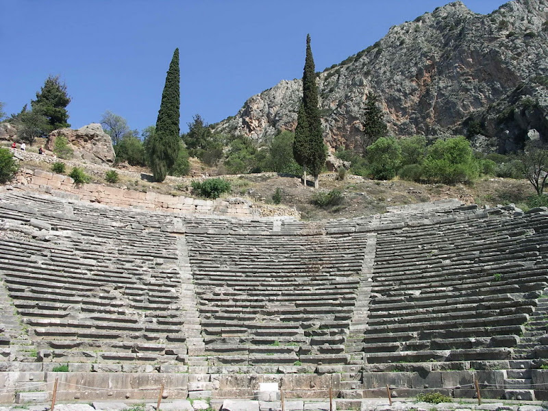 Ancient theatre of Delphi opens for unique performance after 37 years