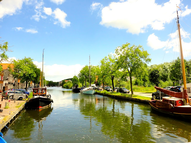 Boats in a canal in the Dutch countryside around Edam | Netherlands, Europe