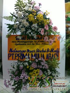 rangkaian standing flower mix papan