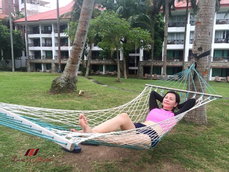 singapore getaway wanderlust bintan lagoon resort hammock