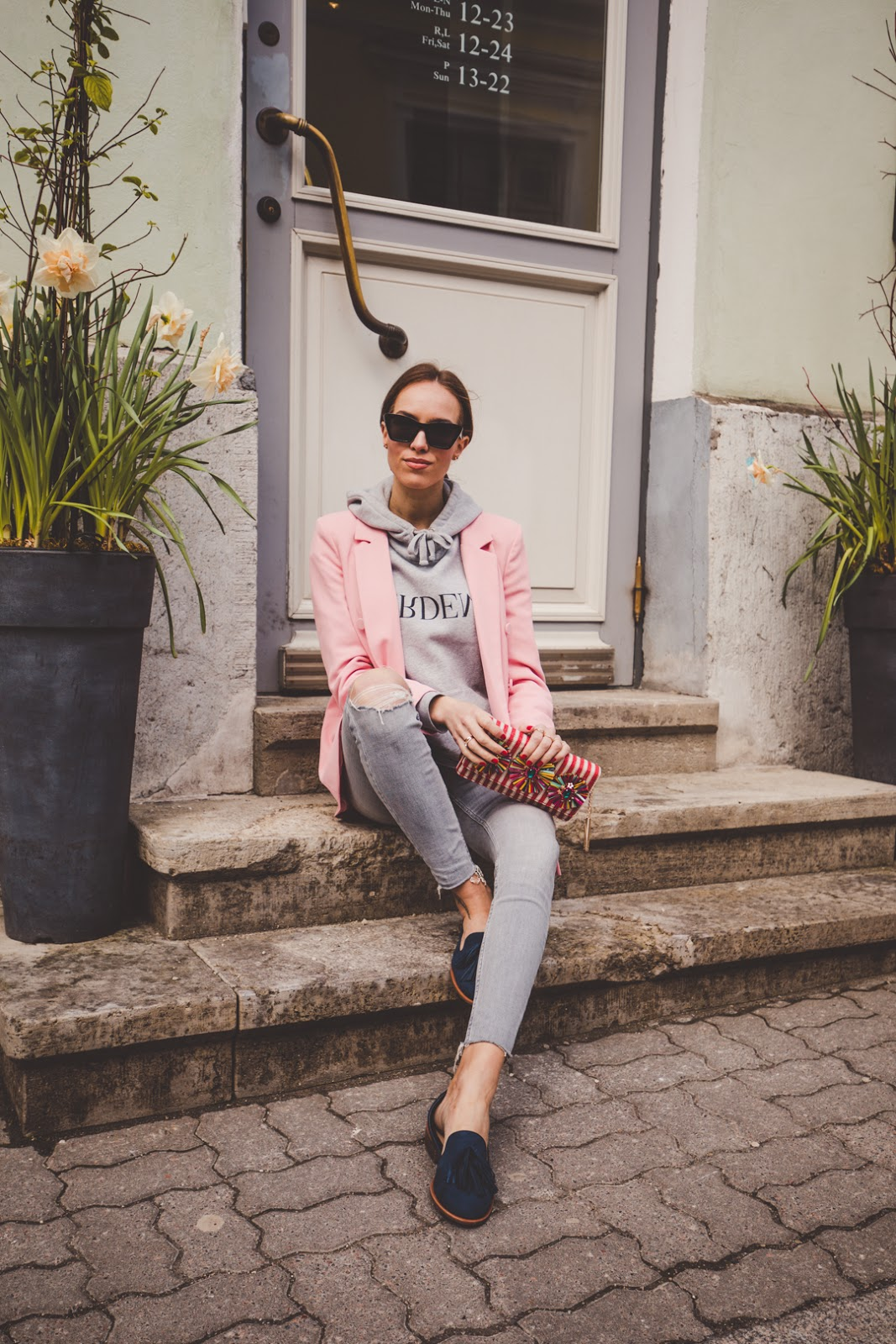 spring casual street style blazer jeans