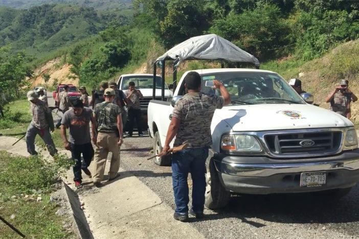 Se enfrentan guardias comunitarias de Guerrero; 8 muertos y 4 heridos