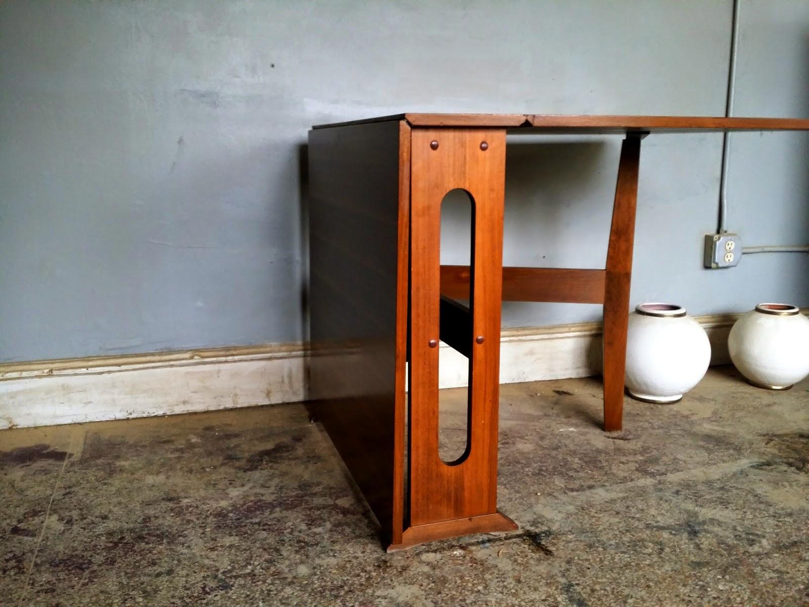 Vintage Ground: Mid Century / Danish Modern Drop Leaf Table