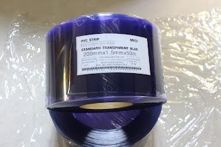cuộn màn nhựa pvc xanh dương tiêu chuẩn