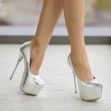 Pantofi cu platforma si toc inalt argintii de ocazii