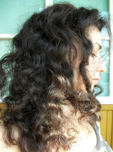 Valentina Chirico trying Kérastae brand new Aura Botanica haircare line