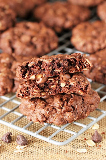 Chocolate Oatmeal Cookies Image