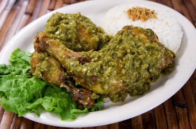 Resep Ayam Goreng Cabai Hijau Enak, Pedas, Dan Gurih