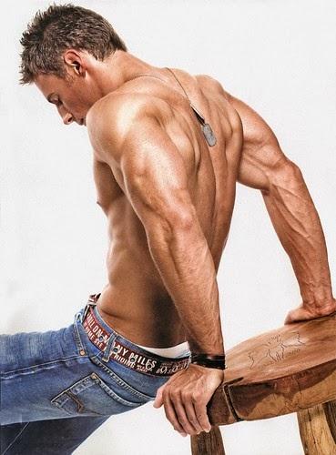 ضاعف حجم عضلات الباى والتراى بهذا التدريب
