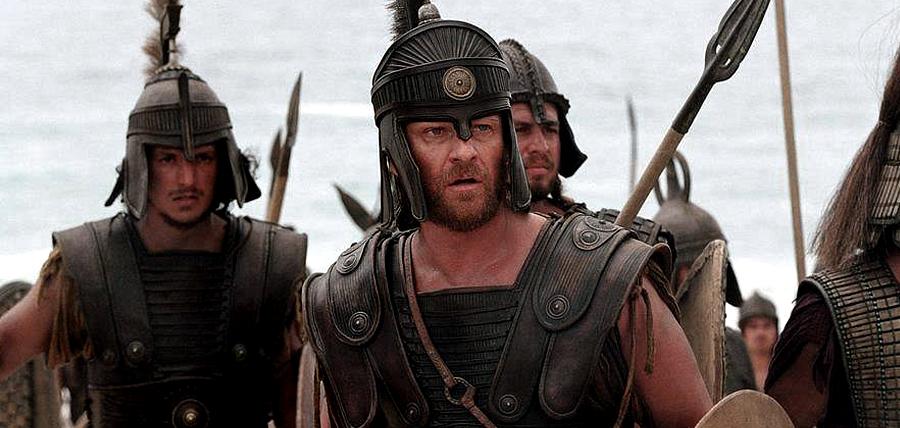 Sean Bean în rolul lui Odysseus (Ulise) din filmul Troy