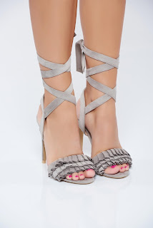 sandale-ce-iti-vor-face-vara-mai-frumoasa8