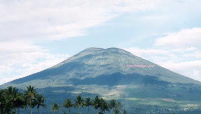 gunung dempo tertinggi di Indonesia