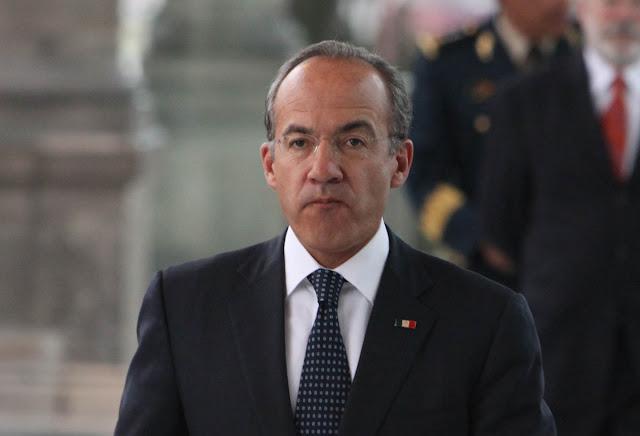 DECENAS DE PERSONAS CELEBRARON QUE  FELIPE CALDERÓN NO HAYA PODIDO ENTRAR A CUBA;  LO TACHAN DE ASESINO, ALCOHÓLICO Y CORRUPTO
