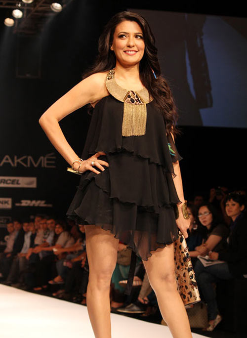Mini Mathur for Malini Agarwalla1 -  Bollywood celebs at Lakme Fashion Week 2012